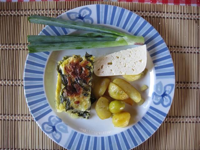 placinta mangold cu cartofi prajiti